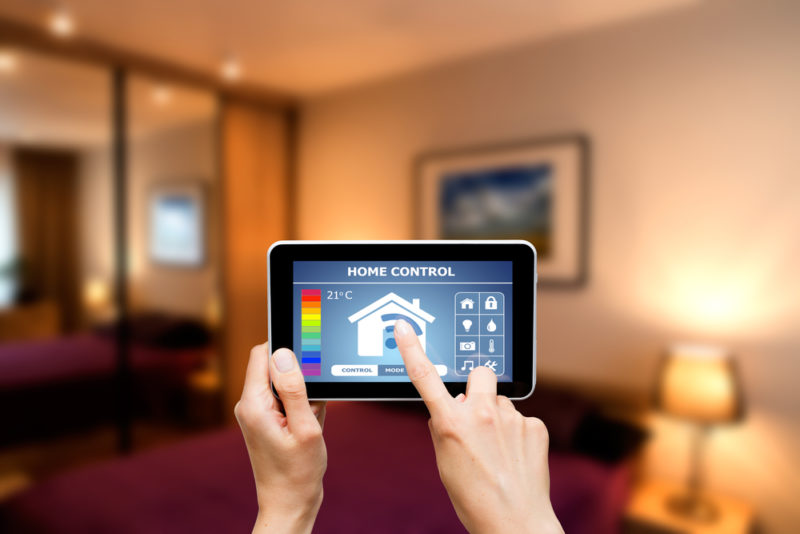 3 Advantages of a Investing in a Smart Thermostat