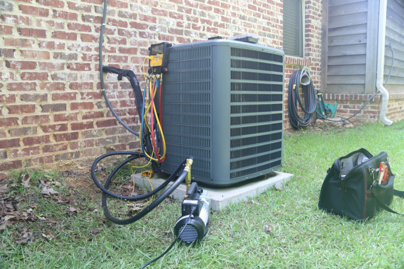 2 HVAC Tasks You Can DIY and Others You Should Leave to the Pros